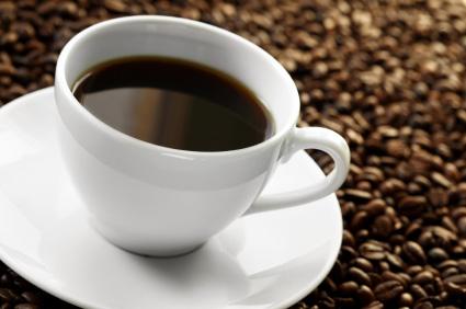 Svart, nybryggt kaffe är en klassisk favorit.
